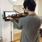 忙しくてもヴァイオリンの練習♫