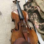 ヴァイオリンの弦は4本