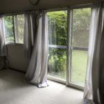ヴァイオリンレッスン室の窓磨き