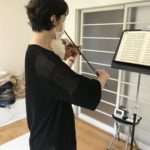 「ステイホーム」中のヴァイオリン 1